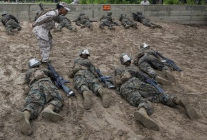 Marine_recruits_learn_basic_combat_skills_on_Parris_Island_150609-M-VP563-202