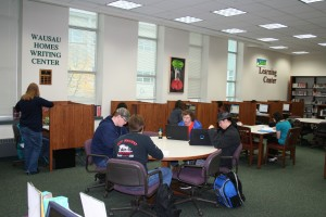 A fairly light morning in the writing center as a whole. At times, three or four 099 groups will be going at once.
