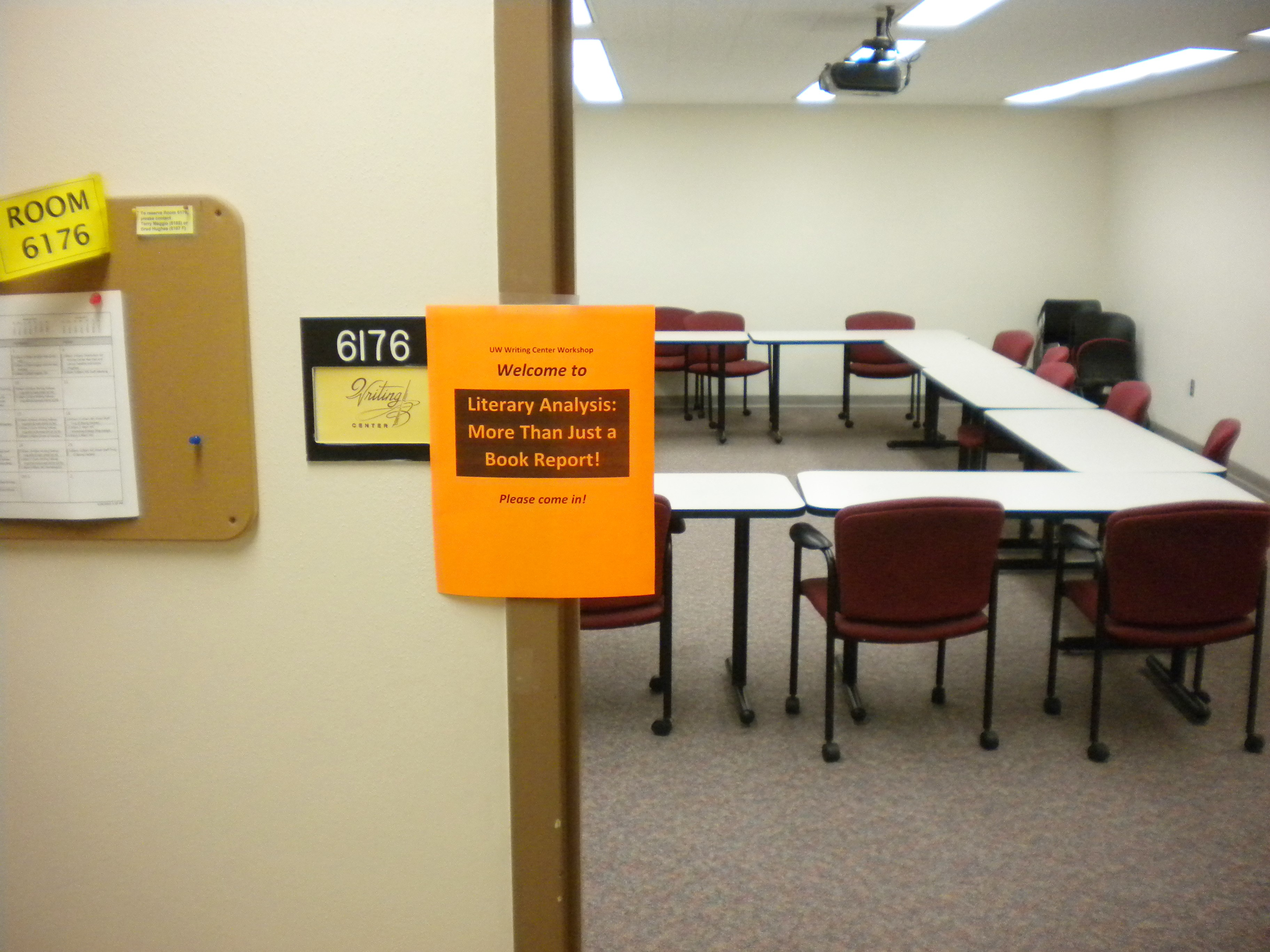 Writing Center classroom set up for a workshop